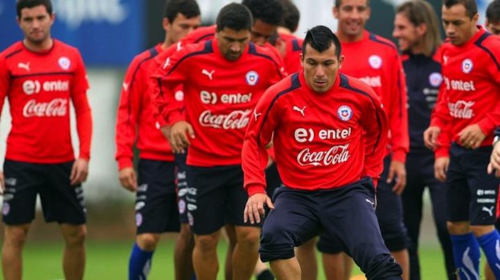 بيرو وتشيلي وجها لوجه في مباراة تسيطر عليه الخلافات التاريخية بين البلدين