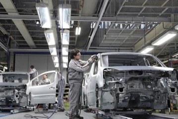 ثاني مصنع لبيجو-سيتروين يرى النور بالغرب والملك يشرف على اتفاقية إحداثه