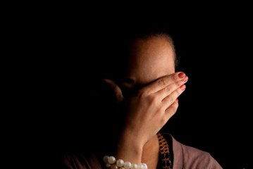 إطلاق سراح أب اغتصب ابنته المراهقة بعد تنازل الضحية وزوجته عن متابعته ضواحي أكادير