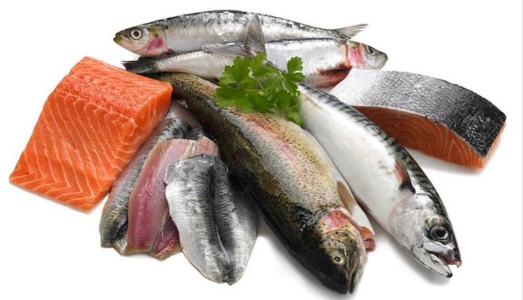 فيتامينات استمديها  من فواكه البحر والأسماك