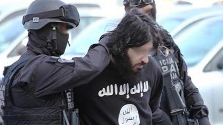 مكتب الأبحاث القضائية يوقف 9 موالين لداعش تدربوا على صناعة المتفجرات