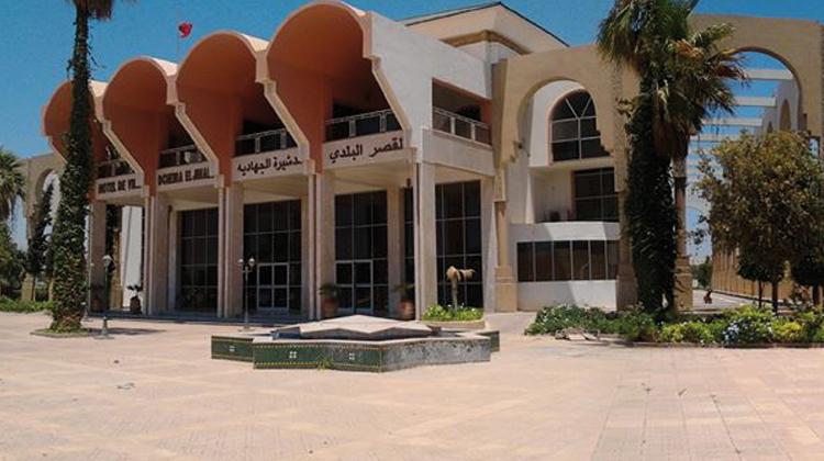 منتخبون «يصفعون» رئيس بلدية الدشيرة ويرفضون تحويل مصنع وبناء عمارات مكانه