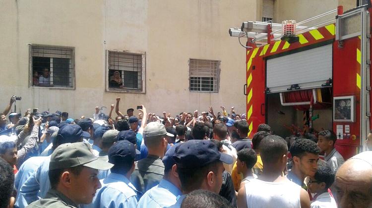 حريق داخل سوق بالبيضاء يتسبب في تفحم خمسة دكاكين ونفوق ست بقرات