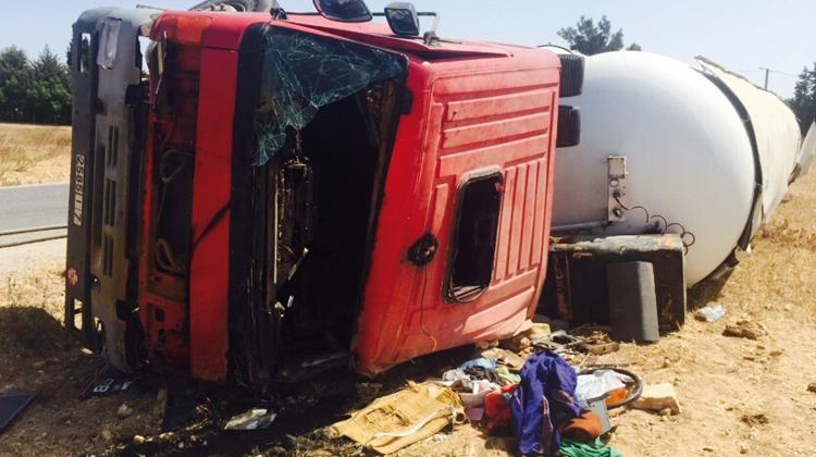 انقلاب شاحنة محملة بأطنان من غاز البوطان كاد يسبب كارثة بمنطقة الفضالات