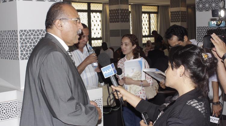 عبد المومني يتهم مزوار باستهداف التعاضدية العامة لموظفي الإدارات العمومية ويهدد باللجوء إلى القضاء