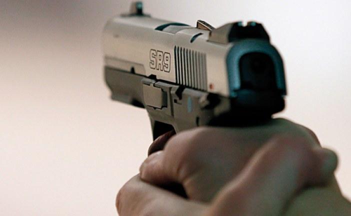 رجال أمن يستعملون سلاحهم الوظيفي في عملية مداهمة مقهى للقمار بمراكش