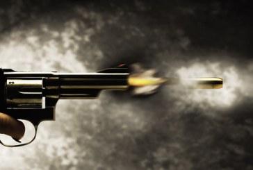 """شرطي بطانطان يطلق الرصاص لإيقاف سائق """"كات كات"""" واجه الأمن بسكين"""