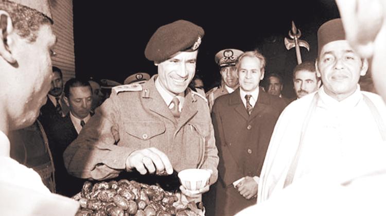 محمد السادس يحكي كواليس التقارب المفاجئ بين الحسن الثاني والقذافي بعد فترة حرب باردة