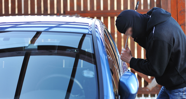 الأمن الاسباني يفكك شبكة لسرقة السيارات الفارهة وبيعها في المغرب