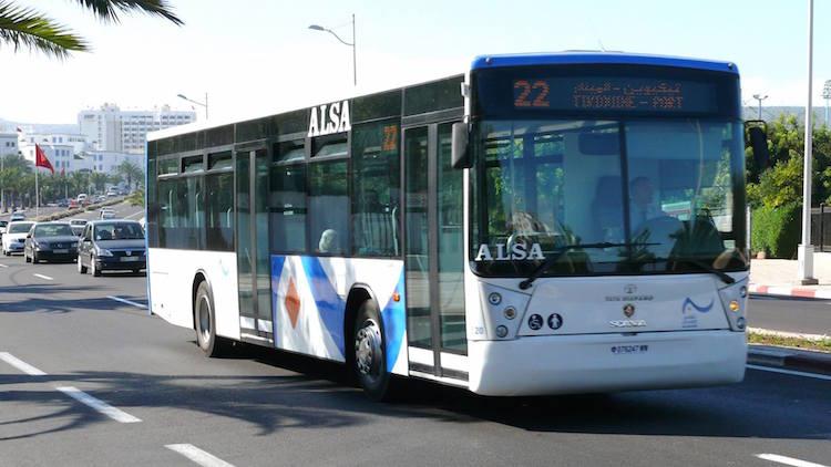 """مصالح الأمن بأكادير تفشل محاولة """"مشرمل"""" سرقة حافلة للنقل الحضري"""