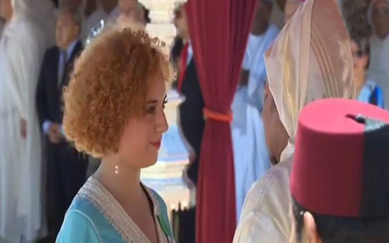 """أسماء بوجيبار مغربية """"ناسا"""" التي وشحها الملك في عيد العرش"""
