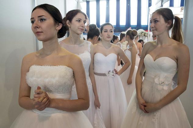 دعوى قضائية بالولايات المتحدة للسماح بأربع زوجات