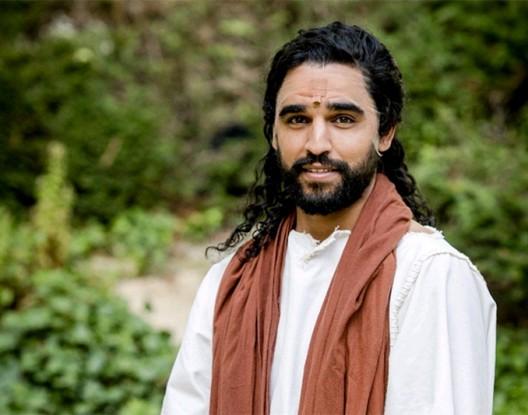 ضجة في هولندا حول ممثل مغربي تقمص دور المسيح