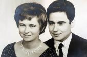حسن فرج: «هذه تفاصيل الاتصالات الأخيرة بيني وبين أمي قبل وفاتها الغامضة»