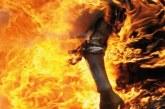مهاجر مغربي بإسبانيا يضرم النار في جسده أمام السفارة المغربية بمدريد