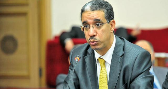 تنقيل عقابي لموظف ببلدية رباح بعدما شك في تسريبه معلومات لـ«الأخبار»
