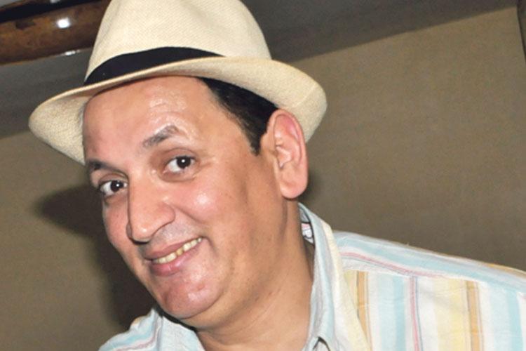 الكوميدي عبد الخالق فهيد يتعرض للسرقة بطنجة