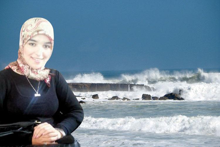 هذه قصة وفاة الصحافية صفاء أمام أعين خطيبها بشاطئ تمارة