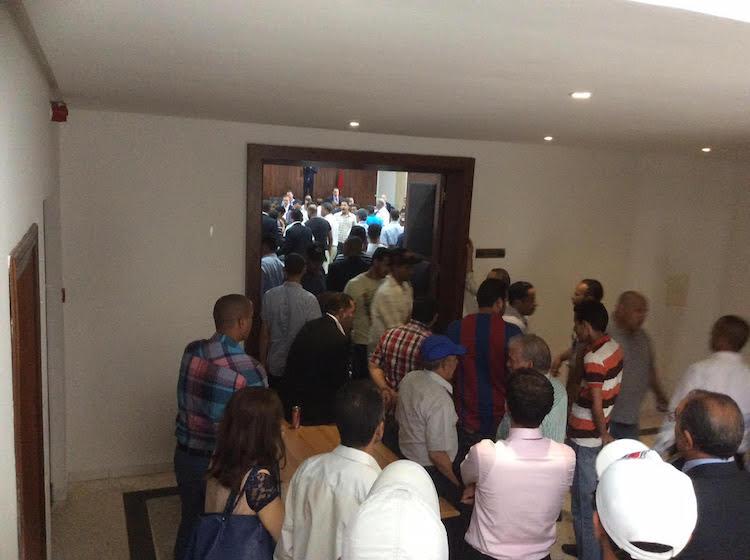 عاجل: اشتباكات عنيفة بين أنصار مرشح الاستقلال ومرشح التقدم والاشتراكية بغرفة الصناعة التقليدية بالرباط