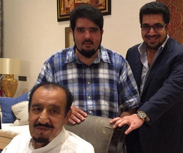 العاهل السعودي سلمان بن عبد العزيز سعيد بعطلته في طنجة