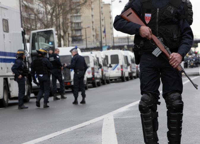 عاجل … قتيل وخمس جرحى في تبادل لإطلاق النار بمدينة مارسيليا الفرنسية