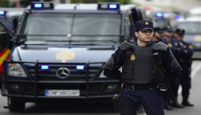 """الداخلية الاسبانية تعلن ايقاف متهمة بتجنيد متطوعين للقتال في صفوف """"داعش"""""""