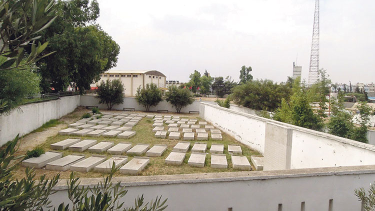 مقبرة الحزام الكبير.. ممنوع ولوج الزوار
