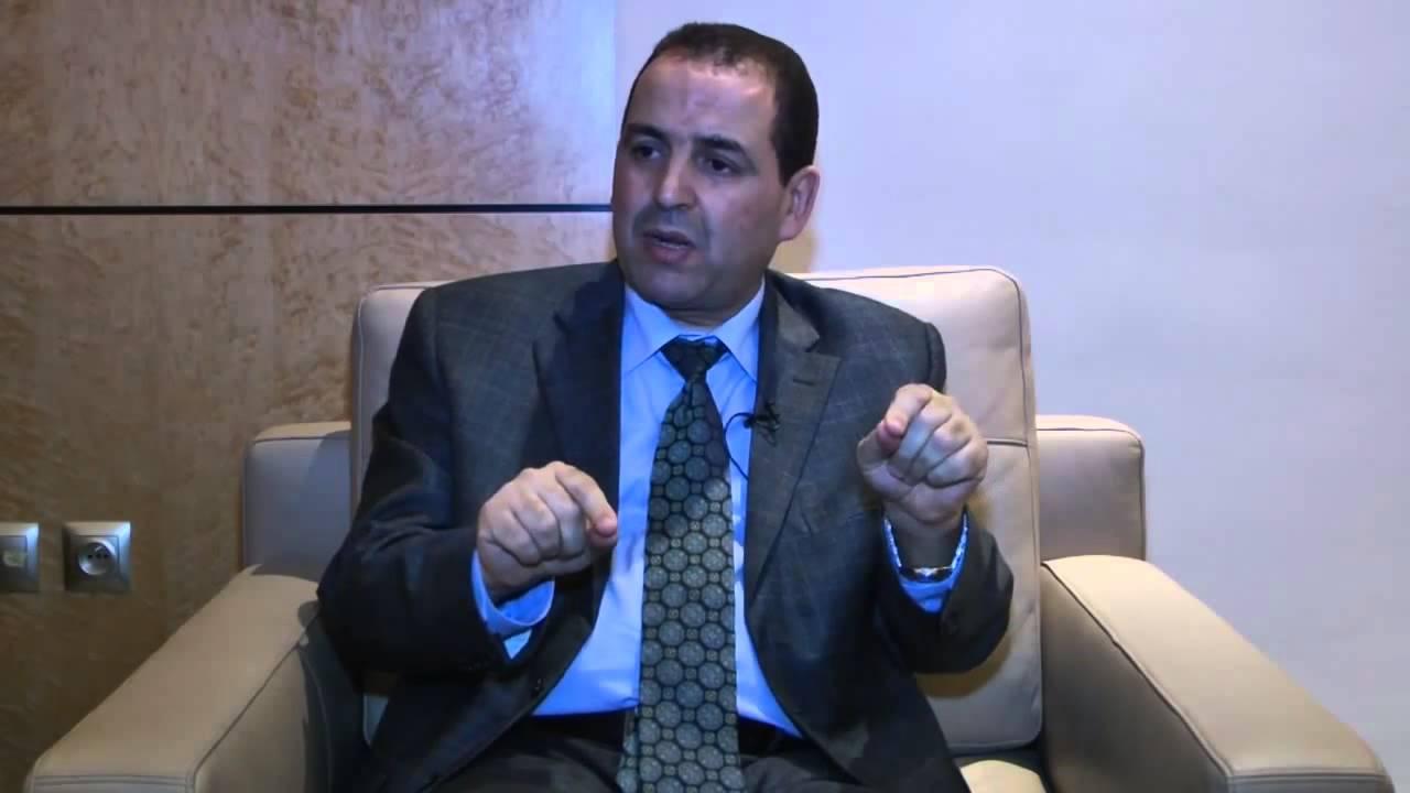 """""""البام"""" يتحالف مع الحركة الشعبية للإطاحة بـ""""البيجيدي"""" بالقصر الكبير"""