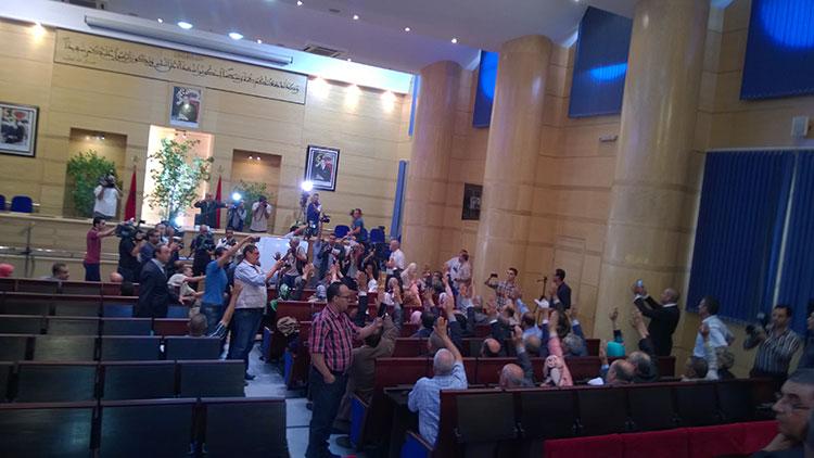 امحند العنصر يفوز برئاسة مجلس جهة فاس مكناس بالأغلبية المطلقة وحميد شباط ينسحب من المنافسة