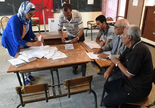 «البيجيدي» يلتف على قرار الداخلية منع استطلاعات الرأي السياسية