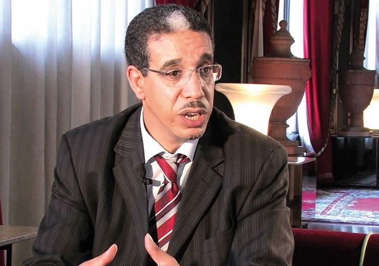 باشا القنيطرة يرفع تقريرا أسود حول خروقات رباح في الترخيص للباعة المتجولين