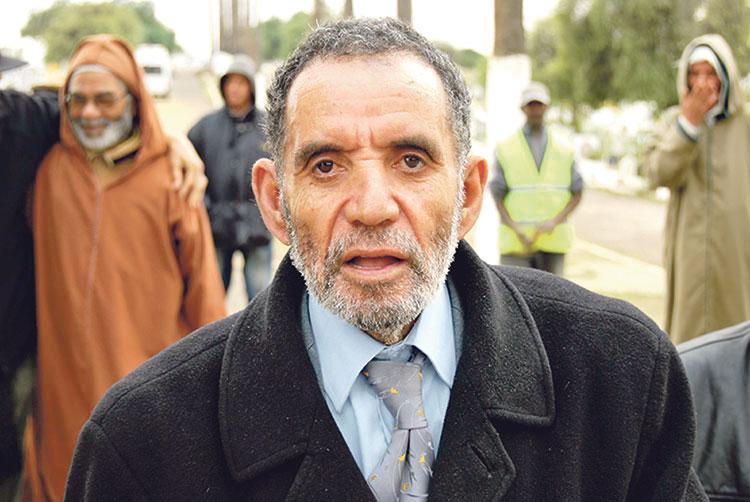 الممثل أحمد الصعري يصاب بشلل نصفي والأطباء يؤكدون أن حالته ستتحسن