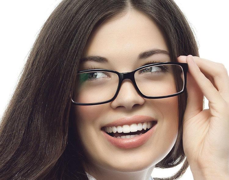 فيتامينات تحمي العيون من كل مرض وسوء
