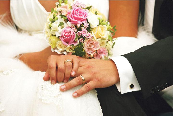 حب وزواج من أول «نقرة»