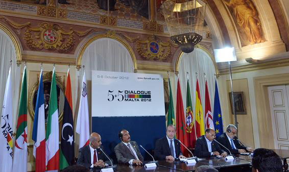 """الإرهاب والهجرة على رأس جدول أعمال اجتماع وزراء خارجية مجموعة """"5+5"""""""