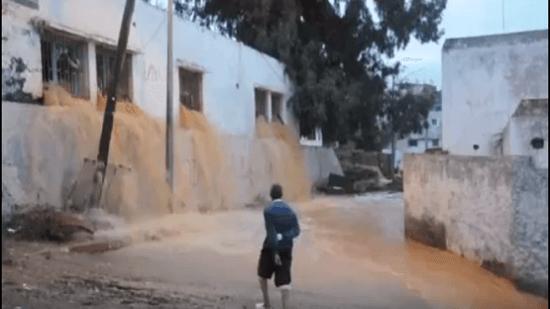 """هيئات مدنية بالرباط تطالب حصاد بالتحقيق في """"كارثة"""" انفجار خزان المياه بحي التقدم"""