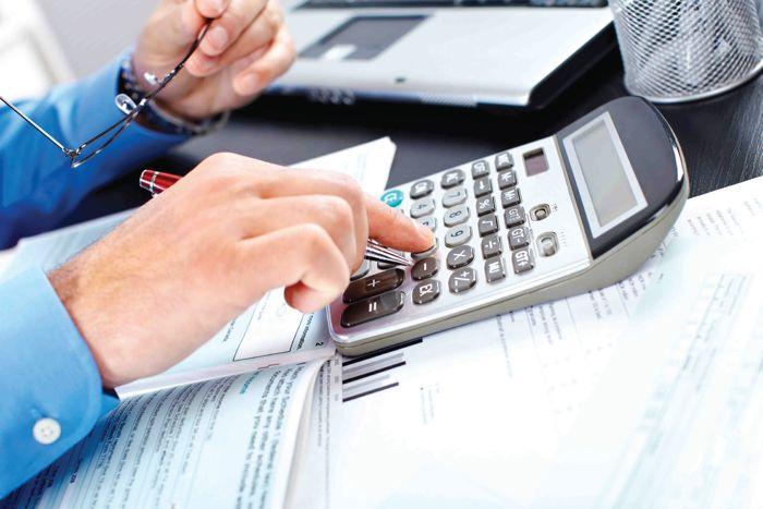 الحكومة تقر زيادة في الضريبة على القيمة المضافة في النقل خلال 2016