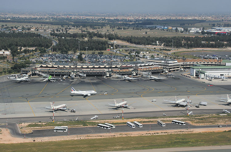 استنفار في مطار محمد الخامس بسبب عودة «الحجاج الأحياء»