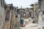 استمرار انتشار البراريك بمنطقة بئر الرامي وتخوفات من عرقلة برنامج إعادة الهيكلة بالقنيطرة