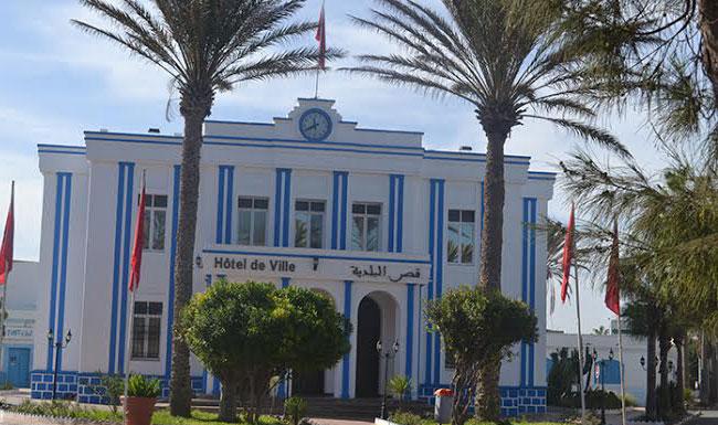 """اتحاديون بسيدي إفني يكشفون كيف فوت ثلاثة منهم رئاسة بلدية المدينة لـ """"البام"""""""