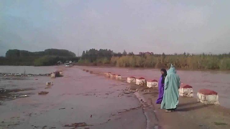 انهيارات وخسائر ببولمان بسبب سيول لوادي ملوية تغضب سكان «فريطيسة»