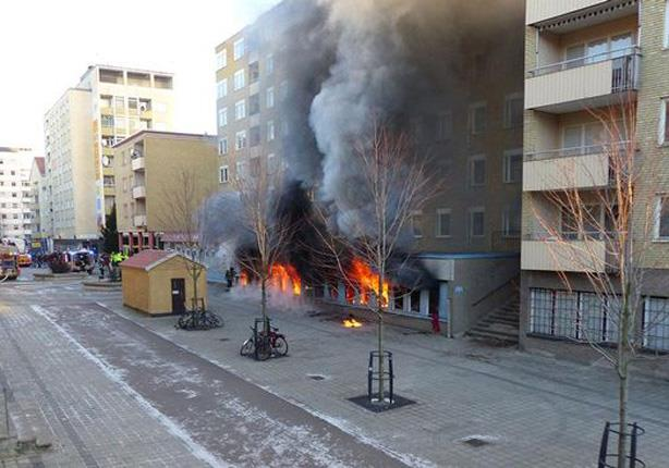 إسلاموفوبيا ..إحراق مسجد بإسبانيا ردا على هجمات باريس