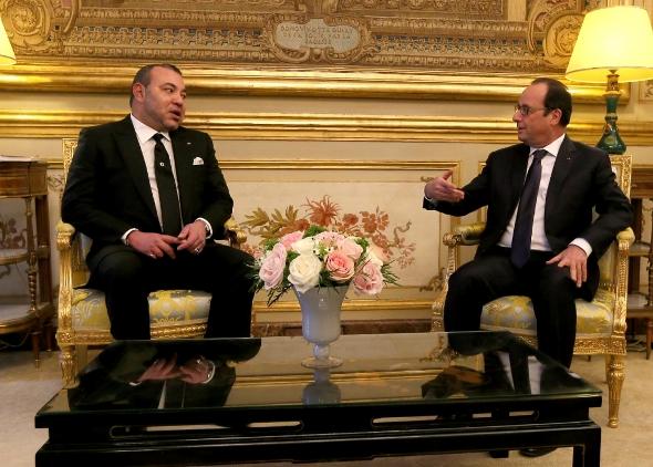 هولاند يشكر الملك محمد السادس على مساعدة المغرب لفرنسا ضد الإرهاب