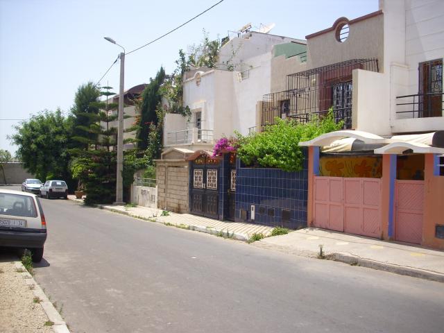 سكان حي بأكادير مطالبون بهدم جزء من منازلهم