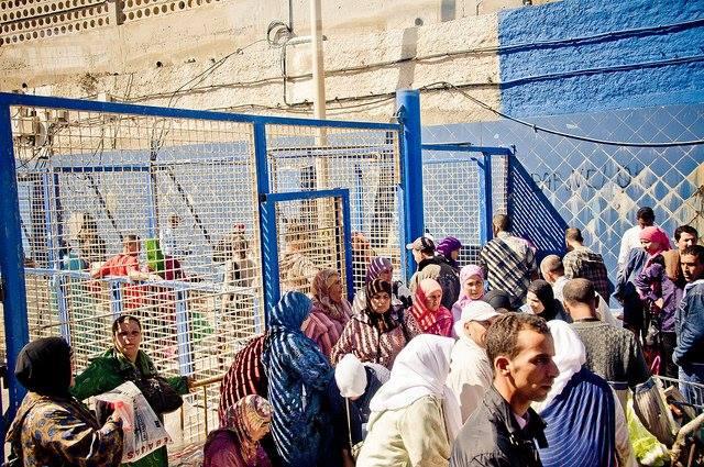 إجراءات للسلطات الإسبانية قد تمنع سكان تطوان من دخول سبتة المحتلة