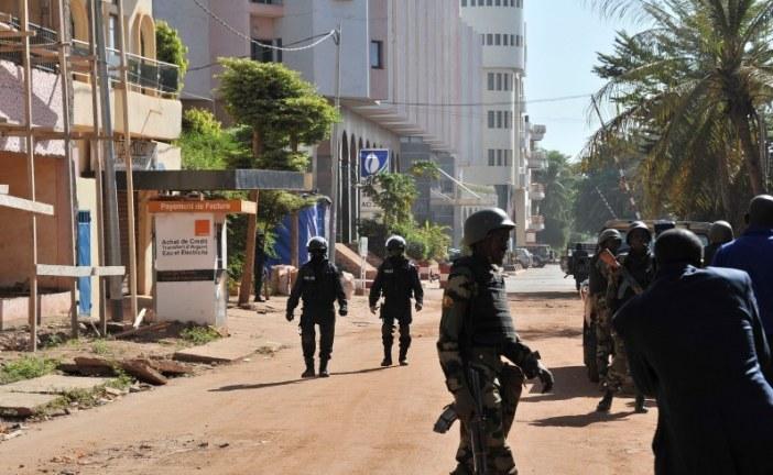 هكذا نجا مغاربة بأعجوبة من هجوم مسلح واحتجاز رهائن داخل فندق بباماكو عاصمة مالي