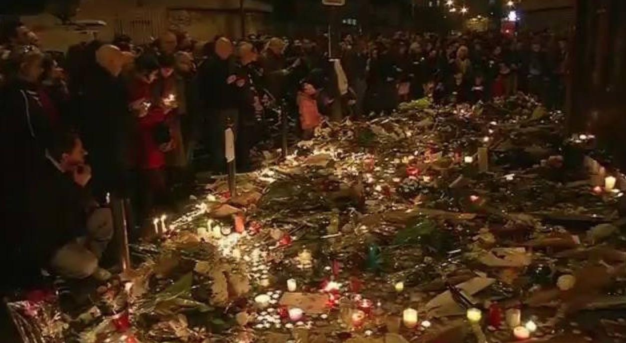 عاجل …حالة ذعر بباريس و أنباء غير مؤكدة عن اطلاق النار