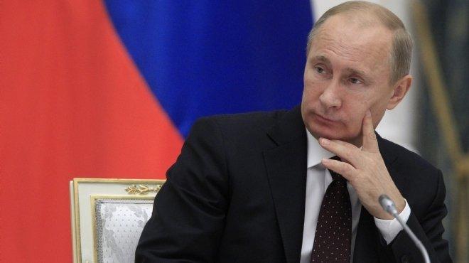 الرئيس الروسي فلاديمير بوتين يتهم تركيا بالتواطؤ مع الإرهابيين