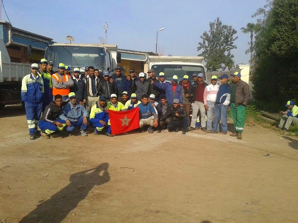 عمال شركة النظافة التركية ببرشيد يحتجون على عدم صرف رواتبهم