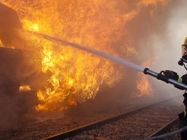 عاجل : استنفار بمحطة القطار ببرشيد بسبب بلاغ يفيد اشتعال النيران بقنينة غاز